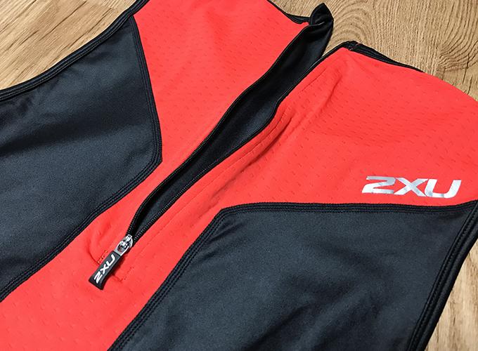 2XU Xベント リアジップ トライスーツ