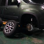 敢えて選んだ鉄チンホイール!「FIAT Panda 4×4」にスタッドレスタイヤを装着しました♪