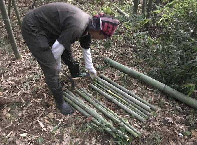 竹で流し素麺