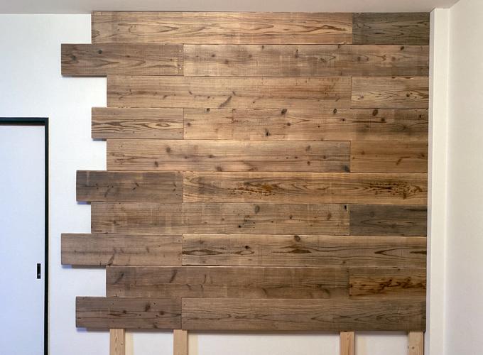 足場板古材の壁DIY