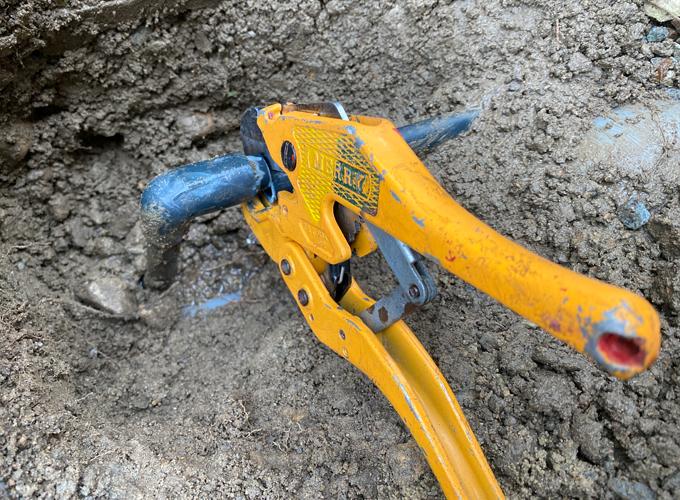 水道管 水漏れの補修